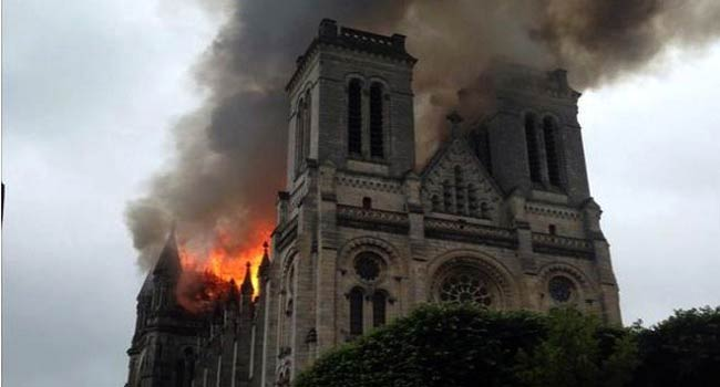 Fire Engulfs Basilica Of Saint-Donatien in Nantes