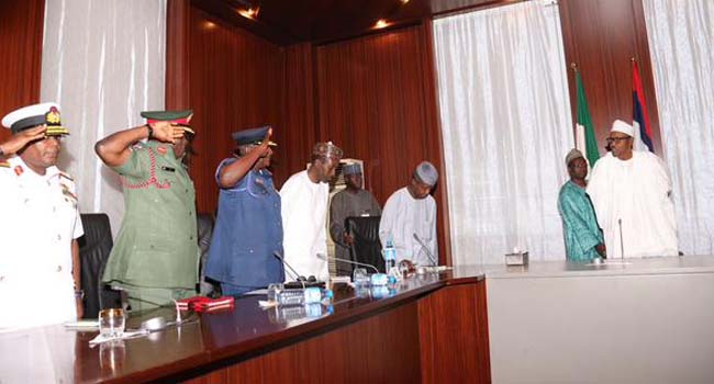Buhari Meets With New Service Chiefs