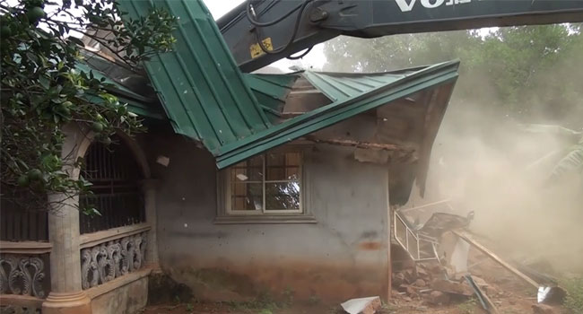 Police Demolish Kidnappers' Dens In Anambra