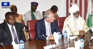 Aliko Dagote, Steve Schanerzman and Muhammed-Sanusi-II meet with Buhari