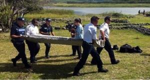 France Begins MH370 Debris' Searches Around Reunion Island