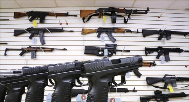 U.S. Considers Lifting Arms Ban On Nigeria