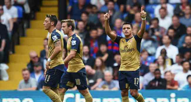 Arsenal Beat Everton To Revive Title Ambition