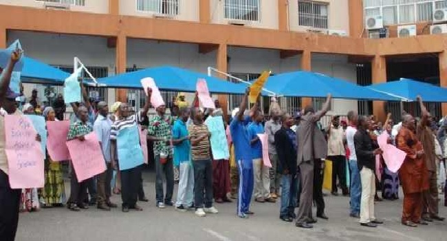 Ondo Workers Protest Non-Payment Of Outstanding Salaries