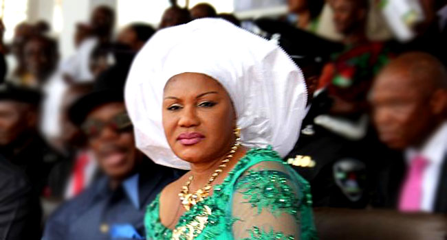 Anambra First Lady Commissions Sanitation Facilities In Communities