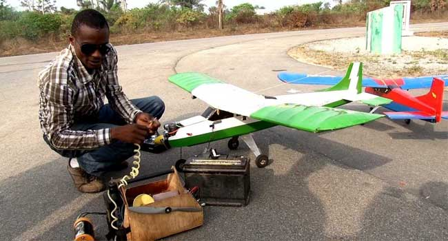 INSPIRING: Nigerian Without A Degree Builds Mini Aircraft