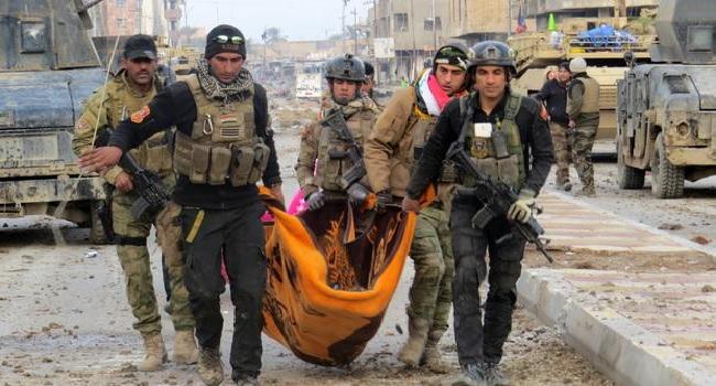 Hundreds Of Civilians Flee As Iraqi Forces Retake Mosul's Zanjili District