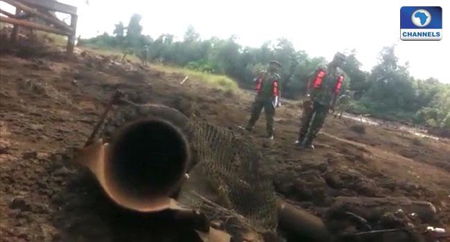 Military, Niger delta, pipeline