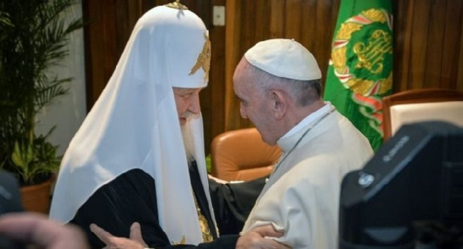 Pope Francis Holds Historic Talks With Russian Orthodox Patriarch