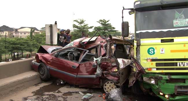 Petrol Tanker Crushes 3 Vehicles On Lagos-Ibadan Express