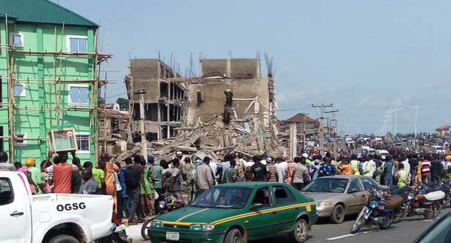 Amosun Vows To Probe Cause Of Abeokuta Building Collapse