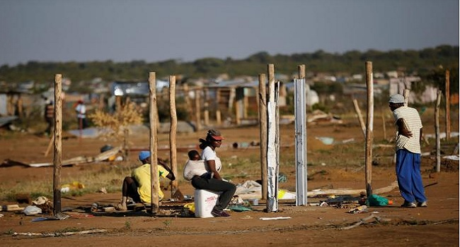 South African Shanty-Town Demolition Sparks Riots, Two Guards Killed