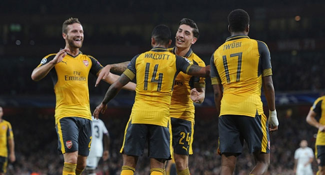 Champions League: Walcott Steals Show As Arsenal Beat Basel 2-0