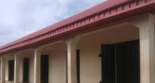 Fayose Allocates Shops To Buyers In Ekiti