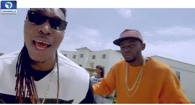 O Gee Features Solid Star In New Video, 'Julie'