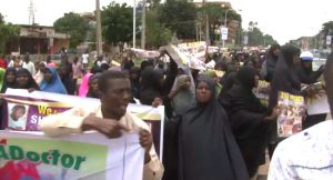 Hundreds Of Shi'ite Protest Continued Detention Of El Zakzaky