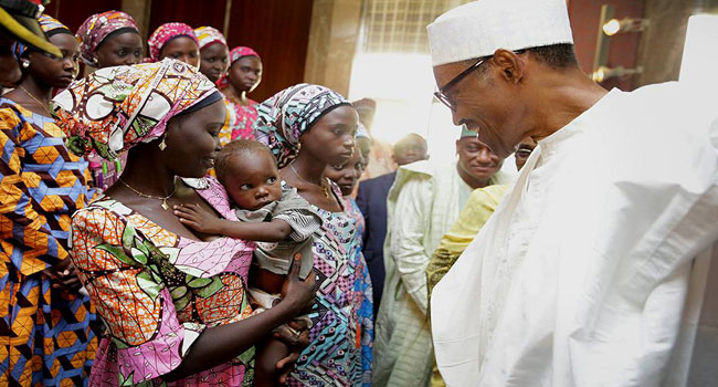 Buhari Meets With Released Chibok Girls