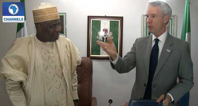 Tambuwal Signs MOU With US On Primary Education In Sokoto