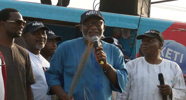 Friends Raise Funds For Ondo APC Gov'ship Candidate, Akeredolu