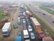 Motorists Call For Police Presence On Lagos-Ibadan Expressway Bridge