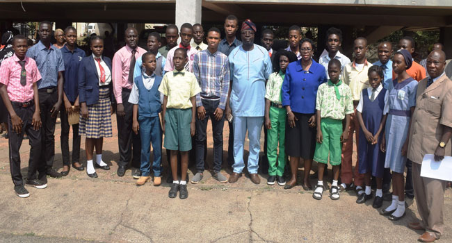 26 Pupils In Oyo Get Rewards For Excellence