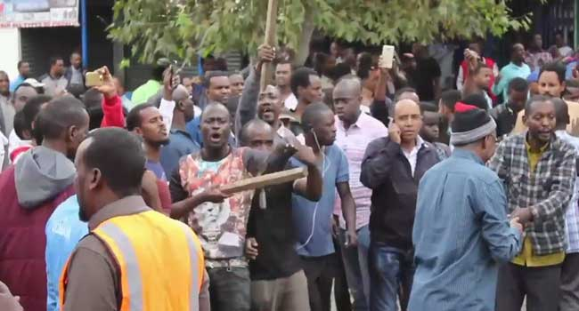 Police disperse angry protesters