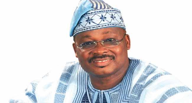 Oyo Govt. Distributes Free Fertilizers To Farmers
