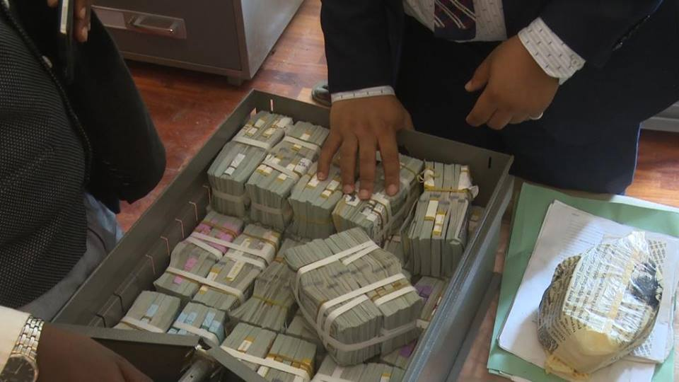Controversy Rages Over Owner Of Ikoyi Home Where Huge Cash