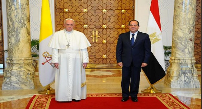 Pope Francis Departs Egypt After Two-Day Visit