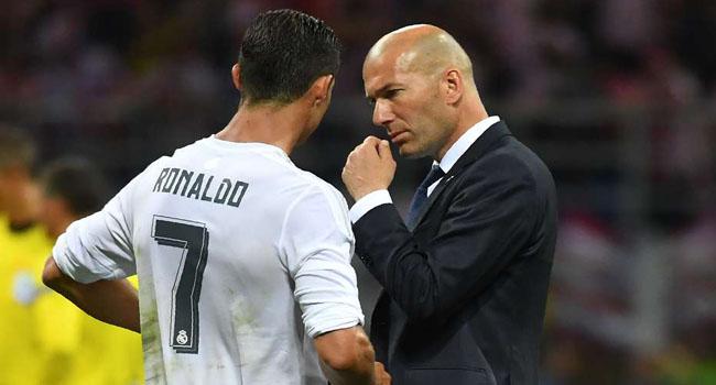 Real Madrid Fans Blame Zidane, Ronaldo For Barca's Defeat