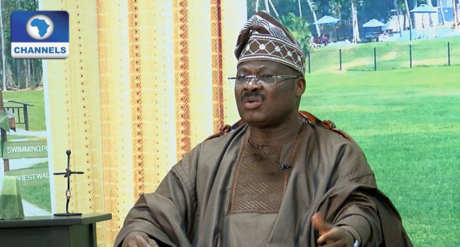 Ajimobi Condoles With Olubadan On Wife's Death