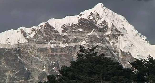 China Shuts Down Mount Everest Over Coronavirus