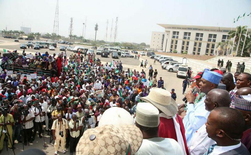 Set Up Panel On Workers' Demands, Saraki Tells FG