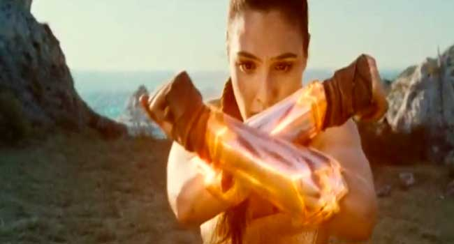 "Lebanon Bans ""Wonder Woman"" From Cinemas"