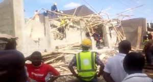 Image result for 3 DEAD, 19 RESCUED IN COLLAPSED BUILDING IN LAGOS