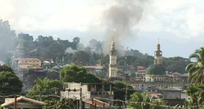 300 Civilians Trapped In Besieged Marawi City – Philippine Military