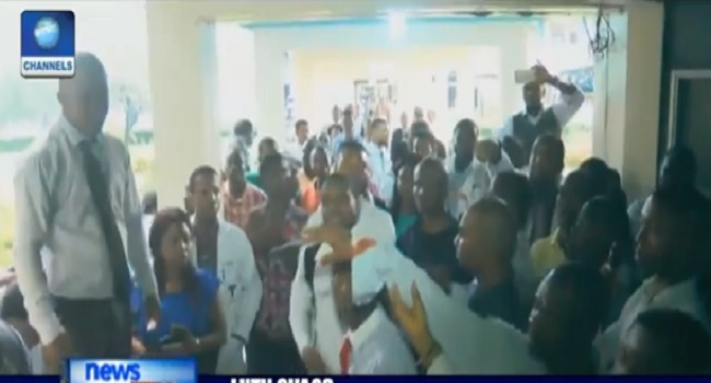 LUTH Crisis Continues As Resident Doctors Protest