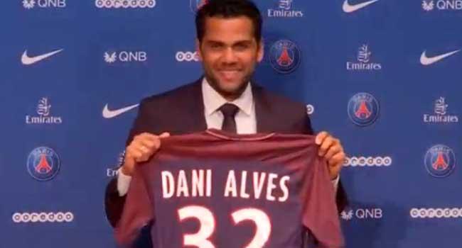 PSG sign Dani Alves, Douglas Costa joins Juventus — TRANSFER WRAP