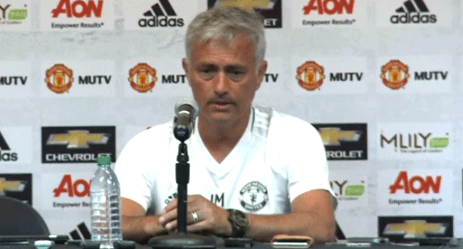 Mourinho Signs Contract Extension At Man Utd