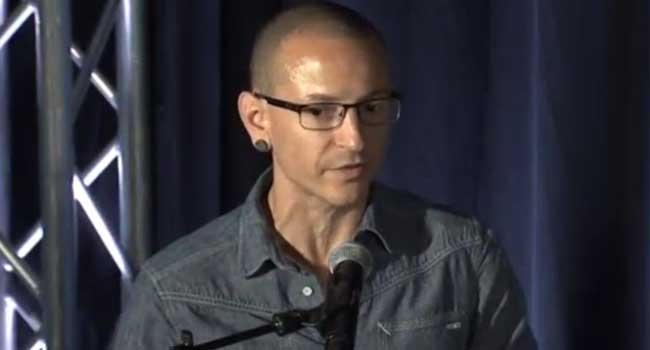 Linkin Park Grieves For Late Singer With Concert, Video