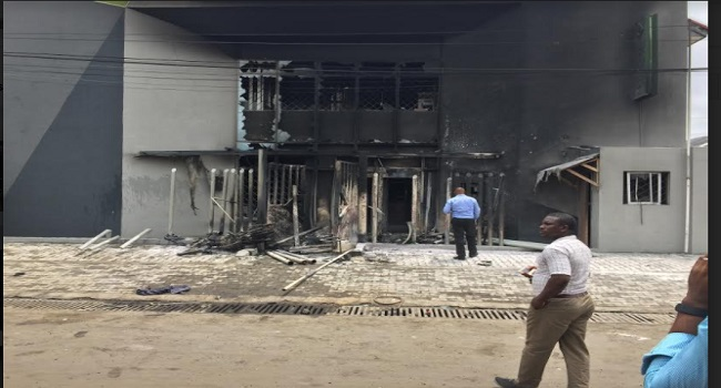 Mob Sets Banks Ablaze After Policeman Allegedly Killed Tanker Driver
