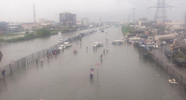 PHOTOS: Flood Takes Over Victoria Island, Lekki