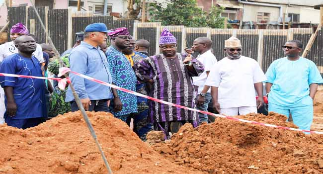 PHOTOS: Amosun Inspects Road Projects As Govt Moves To Tackle Flooding