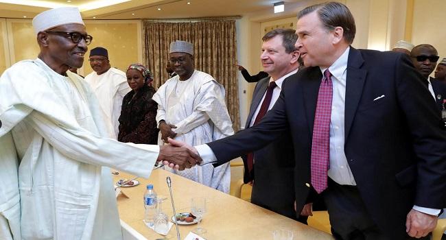 Buhari Meets Leadership of APC, PDP