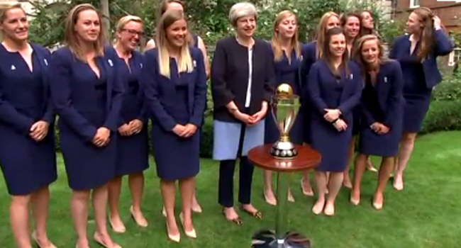 Theresa May Hosts England Women's Cricket, Rugby Teams