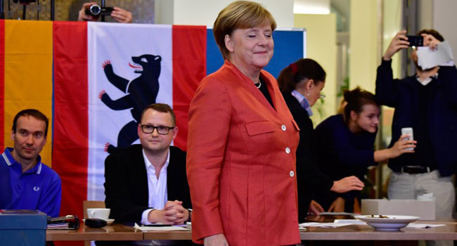 German Parties In Final Push For New Merkel Government