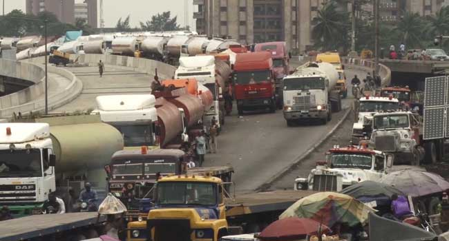 Senate Must Find Permanent Solution To Apapa Gridlock – Saraki