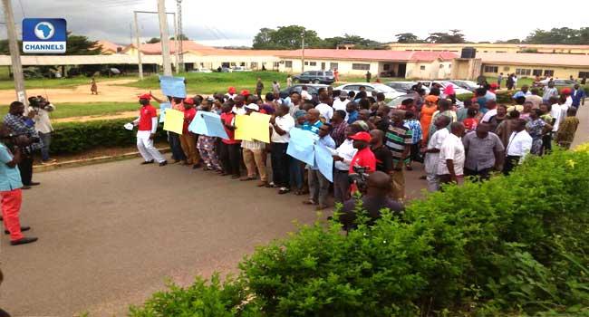 Health Workers Strike Threatens Ebola Response In Nigeria