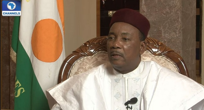 Niger President Holds Meeting With Buhari