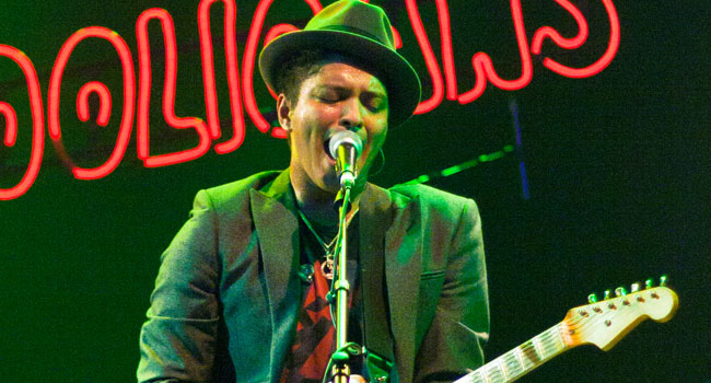 Bruno Mars Pokes Fun At Indonesia Song Restrictions In Cheeky Tweet